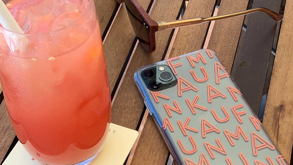 Ultra-matte премиум-кейс на iPhone Brand MONOGRAMM KF