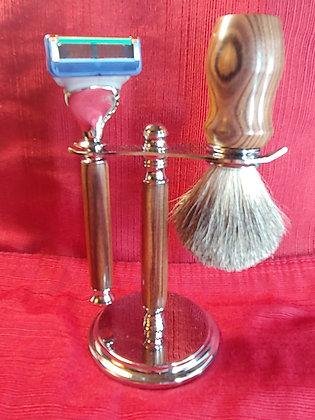 Shaving Set w/Gillette Razor