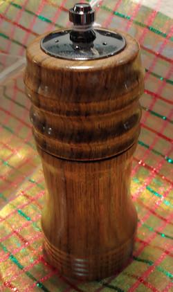 Shaker/grinder Combo