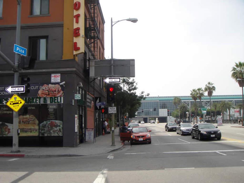 1304-1306 S. Flower Street