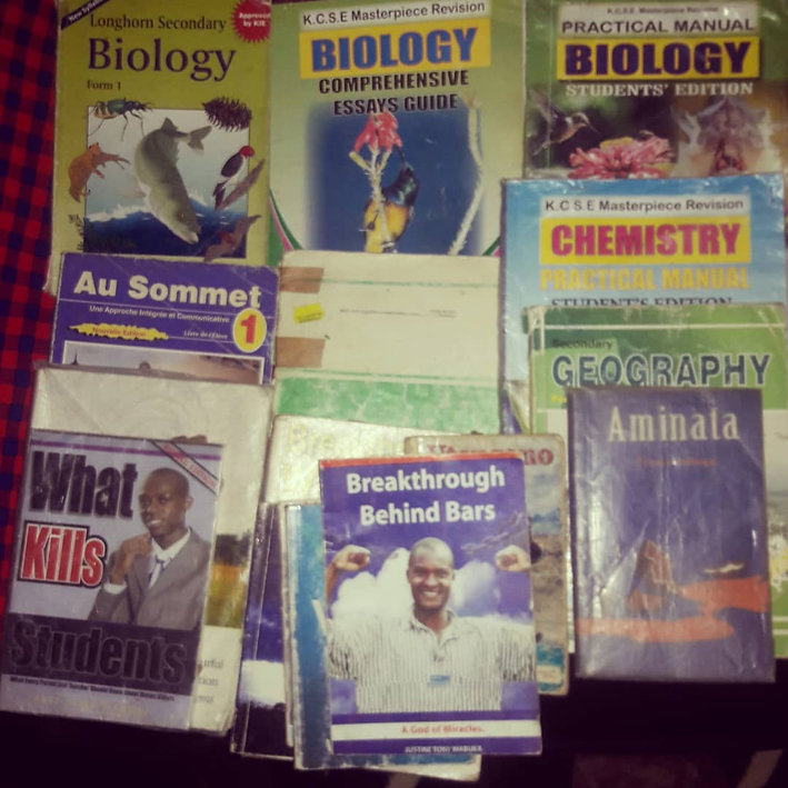 Adry Annah Book donation