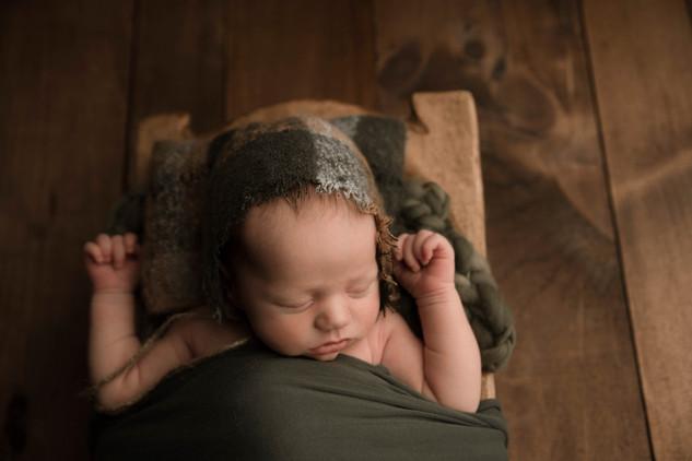 newborn photographers near newtown pa