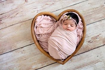 YaraAlfaraj_Newborn_1 copy.jpg
