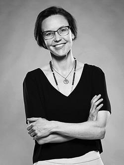 Dr. Shawna Darou