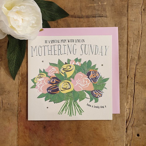 'To a special Mum with love' - Mother's Day Card