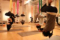 エアリアルヨガ,ヨガ,ヨガインストラクター,空中ヨガ,ティーチャートレーニング,京王線,京王井の頭線