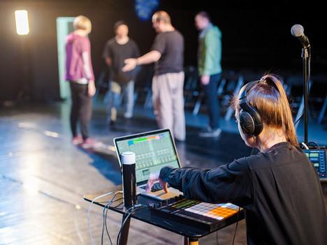 Подбор музыки для постановки: в помощь танцовщику и хореографу