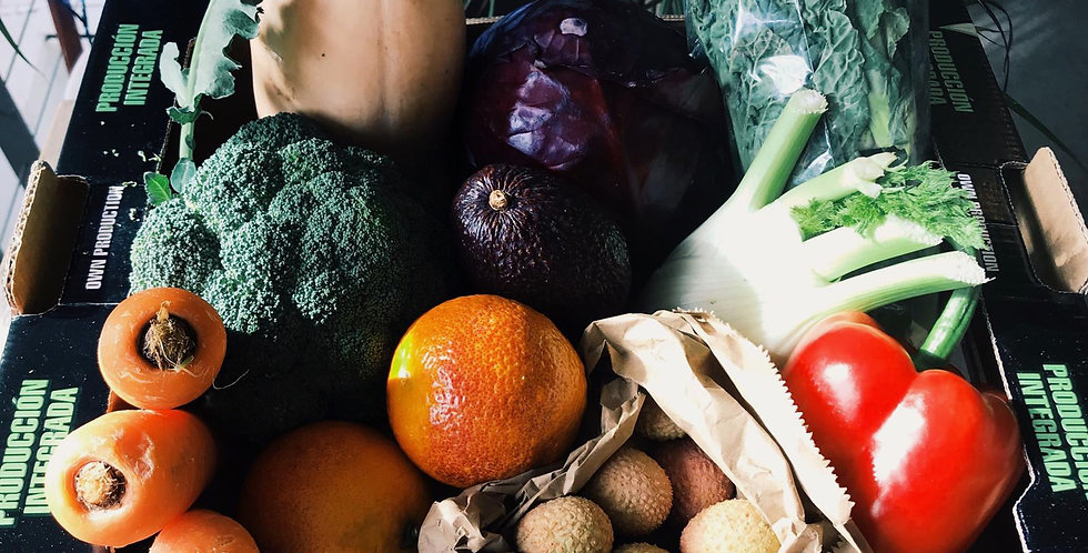 WEEKLY FRUIT & VEG BOX
