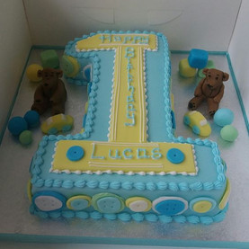 Number 1 shaped birthday cake