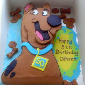 scooby doo shaped cake