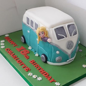 Novelty 3D campervan cake