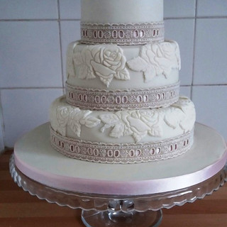 Ivory embossed Wedding cake