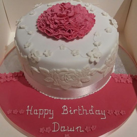 Pretty floral design birthday cake