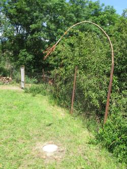 Bubec Garden Earth Bow