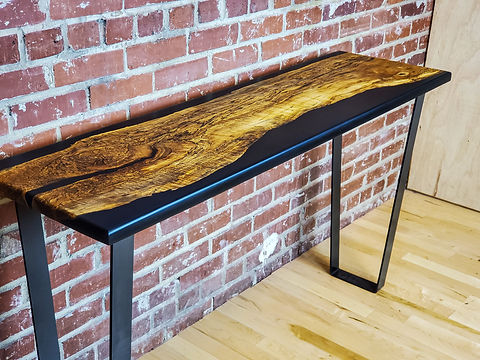 Console_table_with_rare_piece_of_spalted