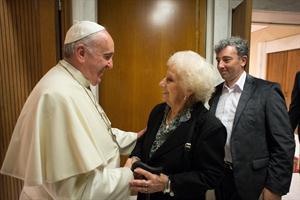 El papa Francisco recibió a Estela de Carlotto y a su nieto Ignacio Guido en el Vaticano