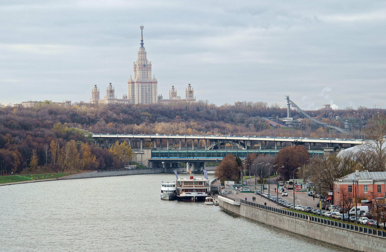 Воробьевы горы москва река фото