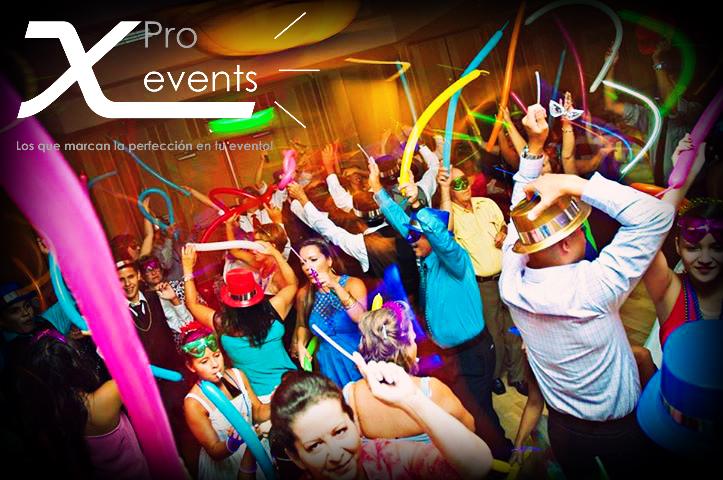 X Pro events - 809-846-3784 - Iluminacion y efectos para Hora loca.jpg