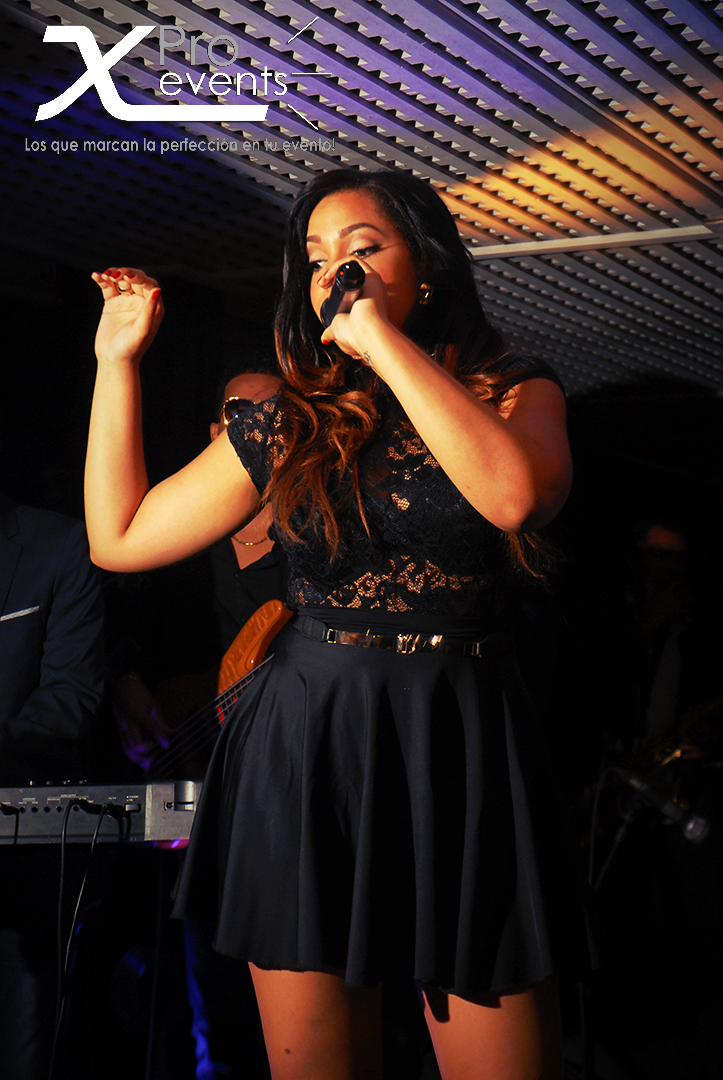 X Pro events - Quince Michelle AG (Neptuno's) (183)(Juliana Oneal en vivo).jpg