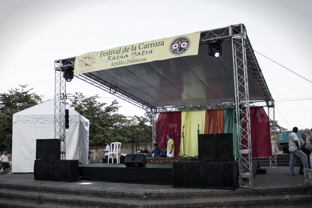 X Pro events - Escenario Tarima Truss Sonido Luces Festival