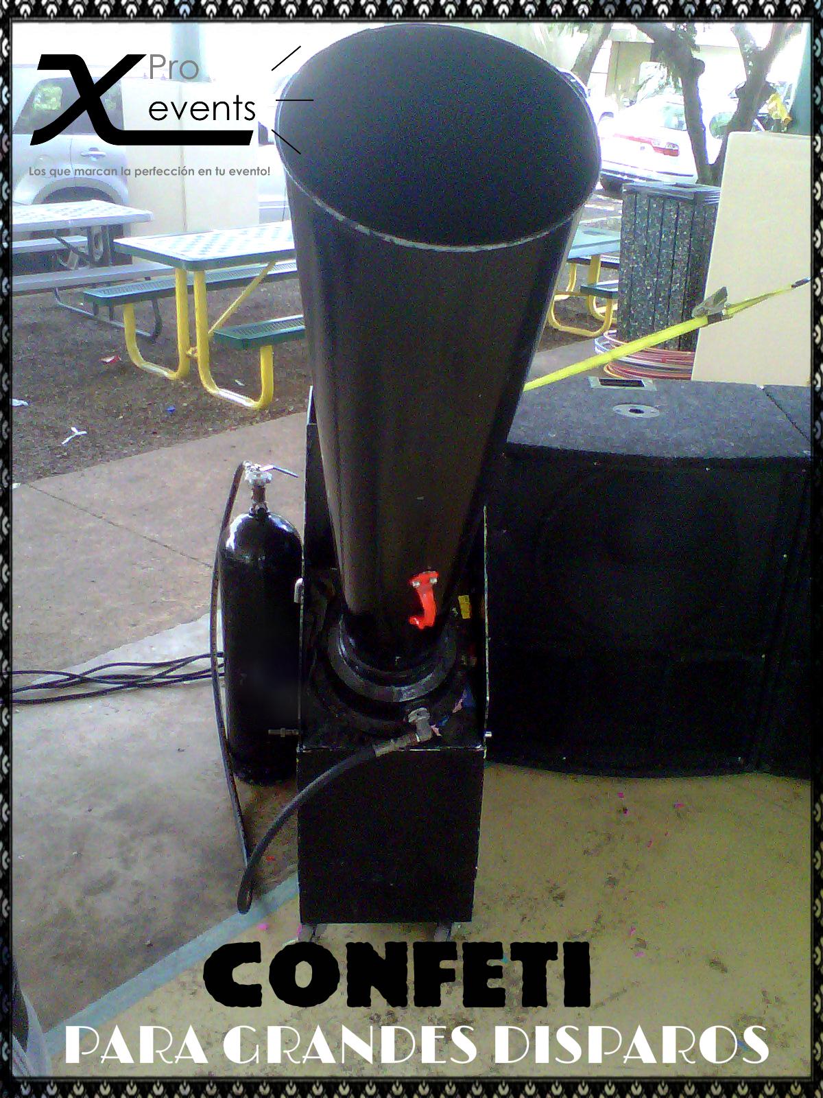 X Pro events  - 809-846-3784 - Maquinas de confeti gigantes.jpg