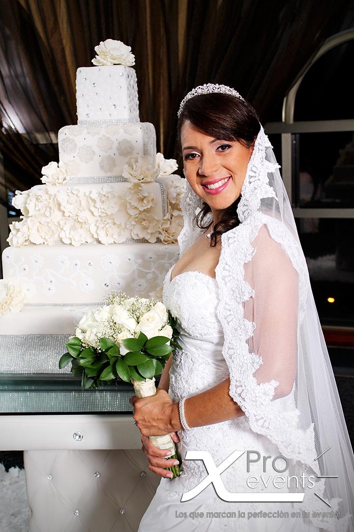 www.Xproevents.com - Novia Ruth Santos en el Hotel Hilton 1.png