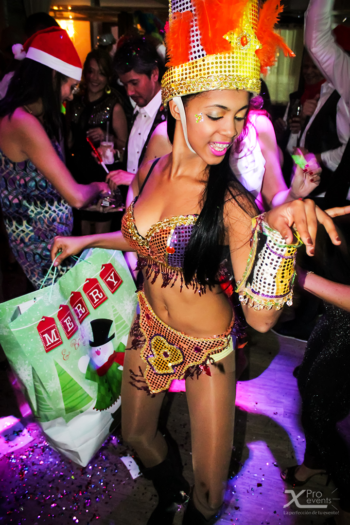 X Pro events - Fiesta HOK Dominicano 2014_12_05 (2)(Hora loca bailarina de Samba
