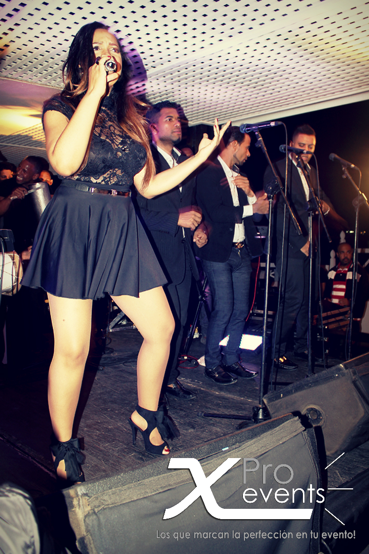 X Pro events - Quince Michelle AG (Neptuno's) (242)(Juliana Oneal en vivo).jpg