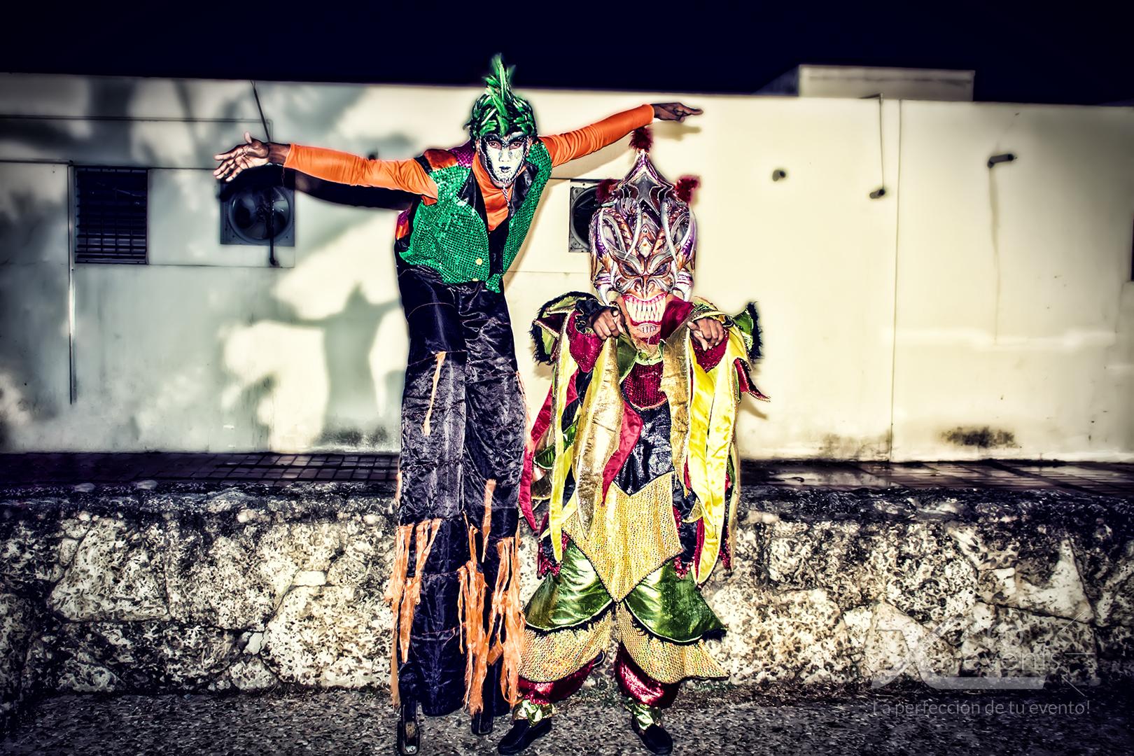 www.Xproevents.com - Zanco & Diablo cojuelo preparados para Hora loca.jpg