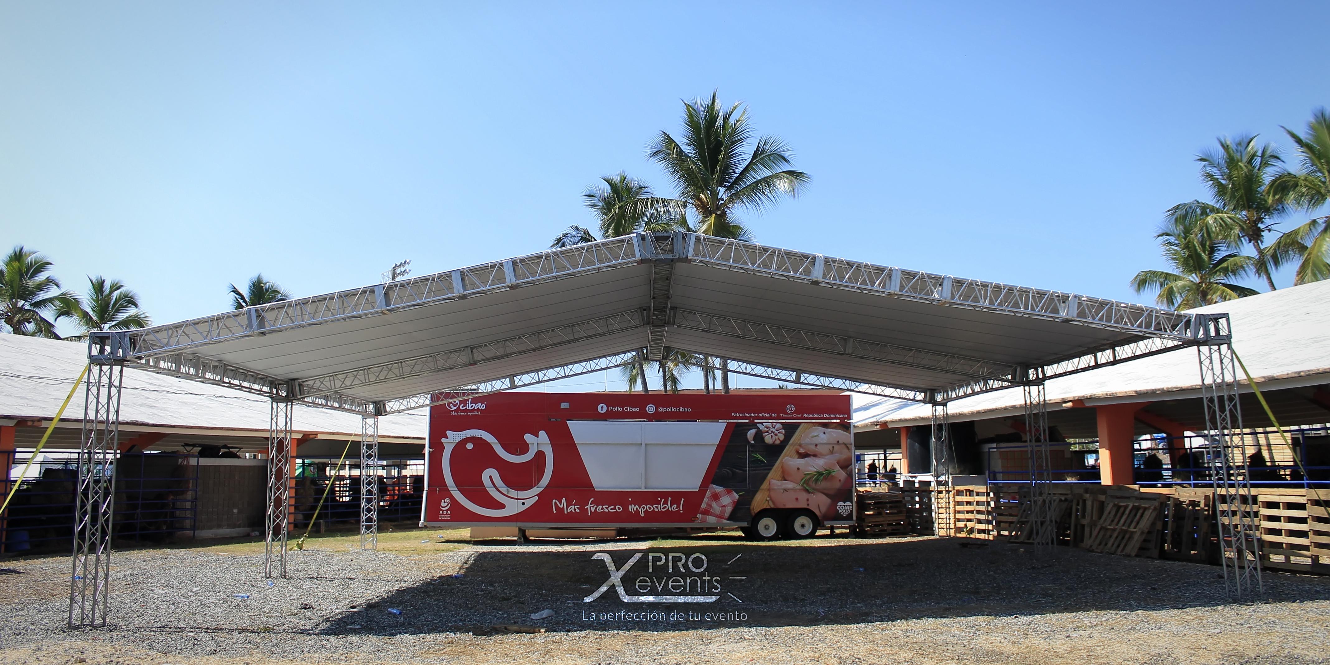 Techo truss en la Feria Ganadera - Pollo