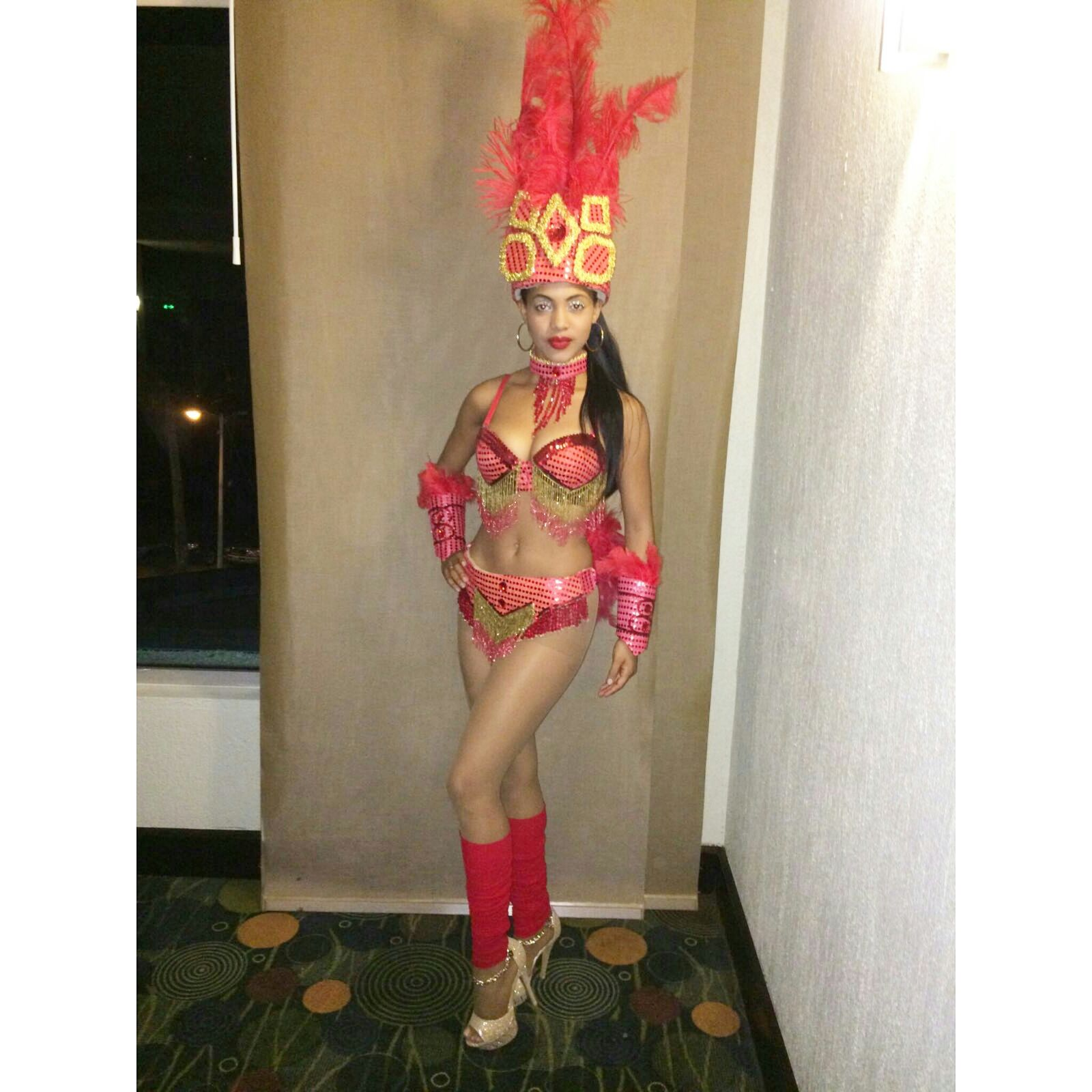 www.Xproevents.com - Bailarina de Samba
