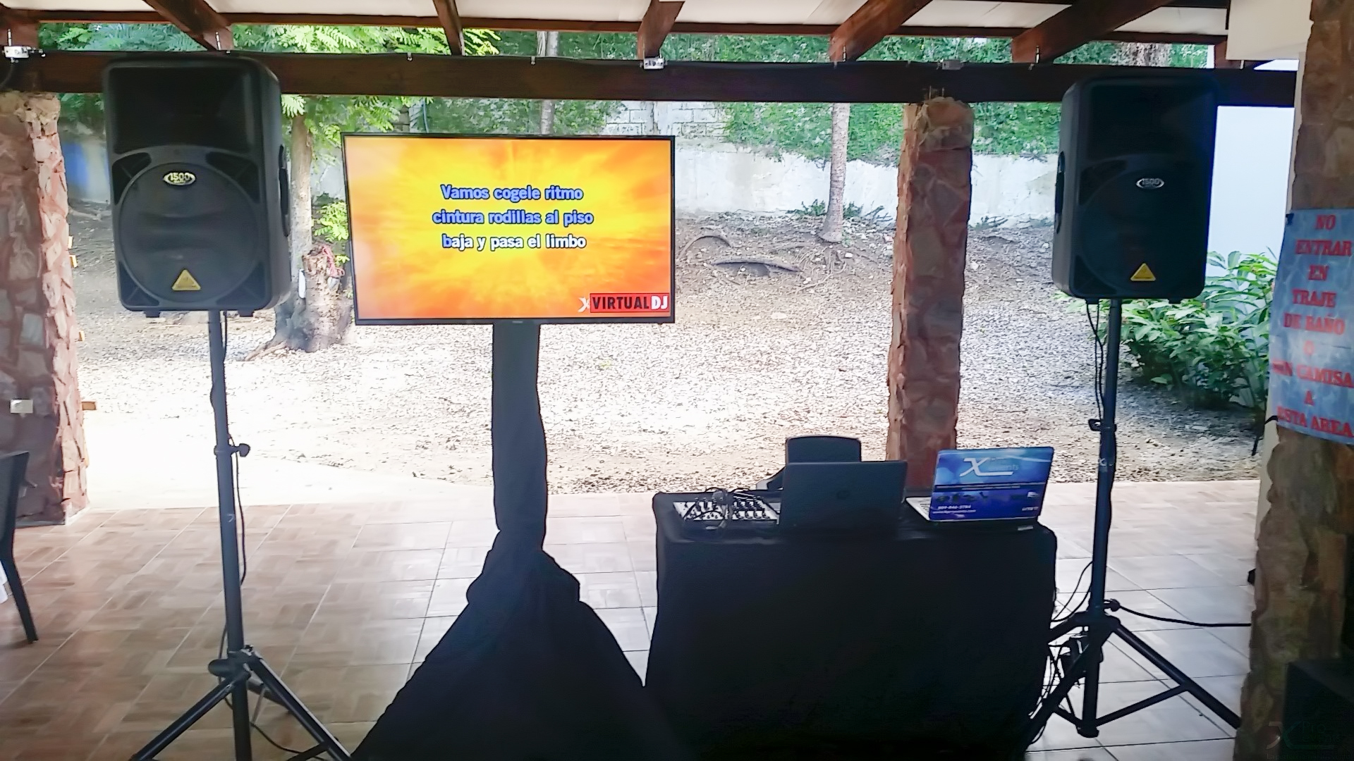 www.Xproevents - Montaje de Karaoke con LED TV