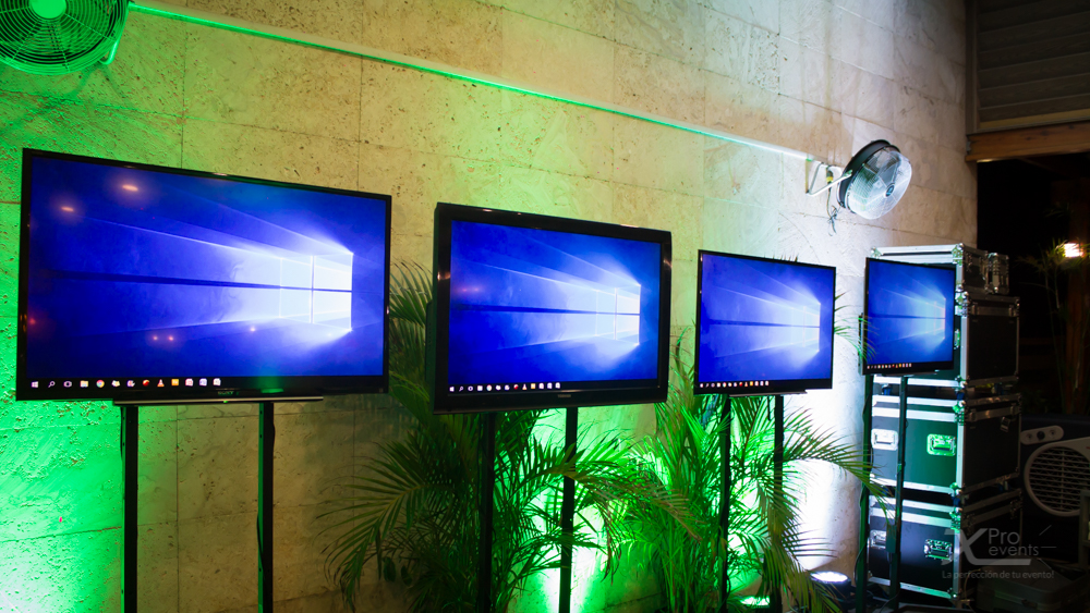 X Pro events - LED TV con iluminacion decorativa (2)