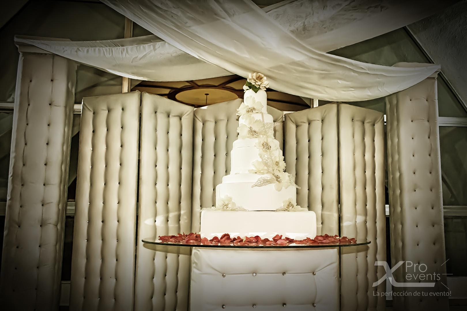 www.Xproevents.com - Bizcocho de boda retocado.jpg