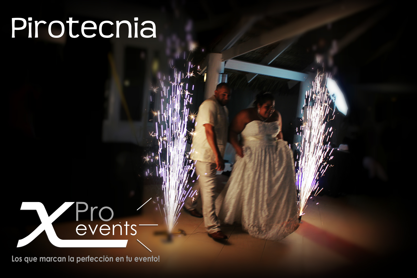 www.Xproevents.com - Pirotecnia con volcanes de chispa.JPG