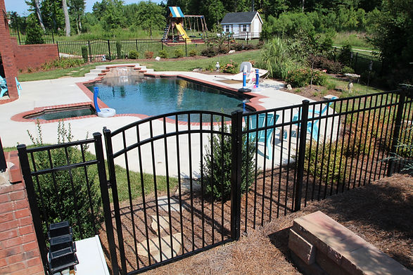 Pool Code Compliant Fencing