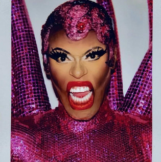 LoveMa Sisi Drag Queen (The Drag Agency)