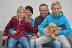 Anevay -Lola & Familie