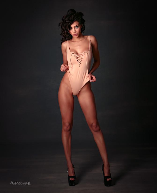 Yasmin - Miss Grand International 2016