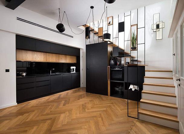 Black kitchen with oak 001.jpg