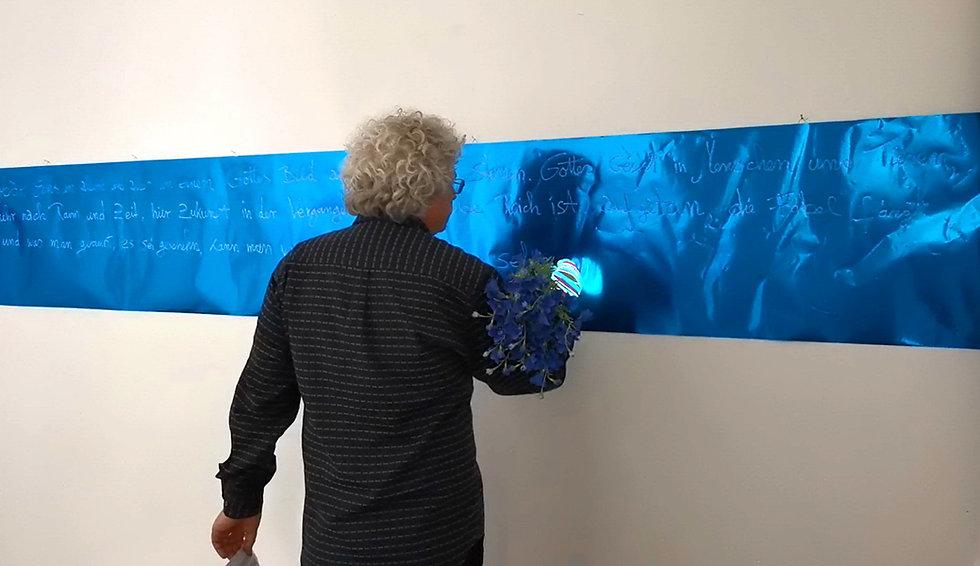 Christiaan Tonnis Performance Novalis at Ausstellungsraum Eulengasse.jpg