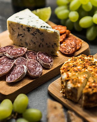 danish-blue-cheese-gourmet-plate-picjumb