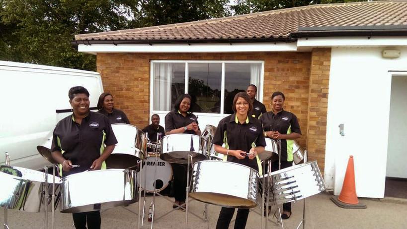 Garden party entertainment @ Leicestershire Golf Club
