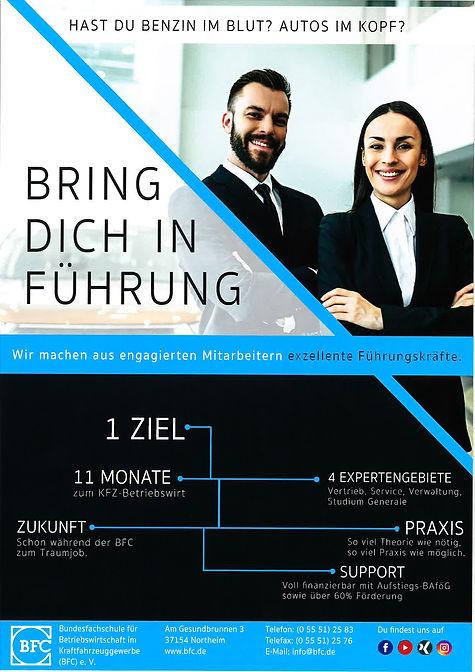 Flyer_Präsenzstudium_1.jpg