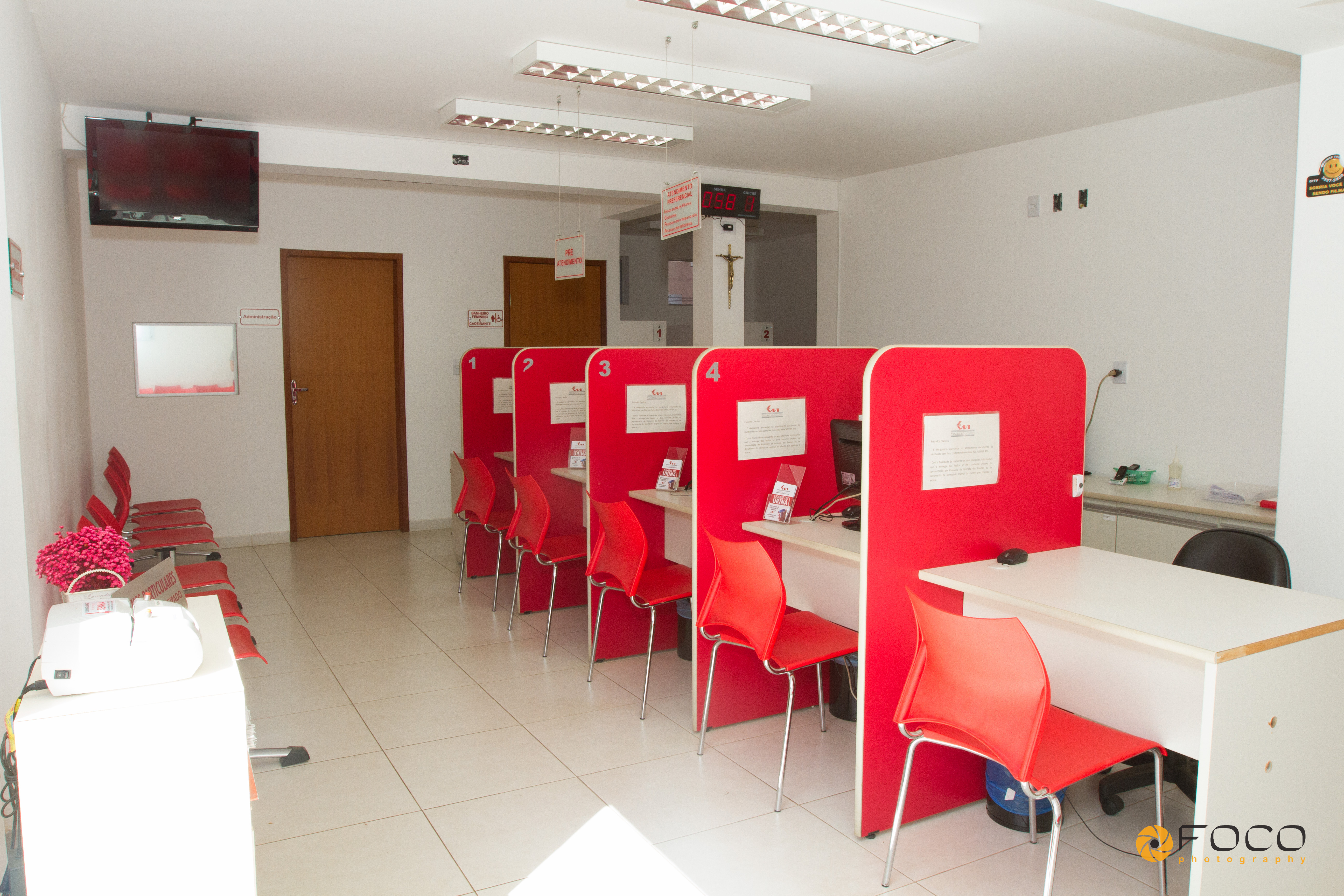 Laboratório Vanderlei Machado