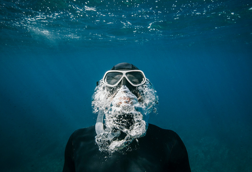 dive instructor in seychelles