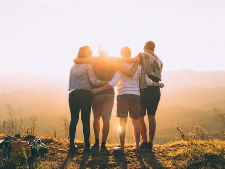 A amizade segundo Santo Agostinho - Dia do amigo