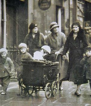 High Street 1940's.jpg