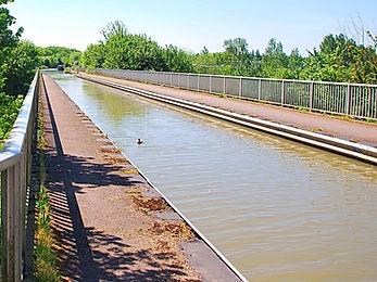 Milton Keynes Aquaeduct_edited.jpg