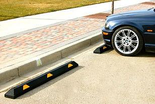 parkingcurb with car 2020.jpg